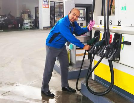 専門的な難しい作業はありません。未経験OK! セルフガソリンスタンド日勤監視のお仕事